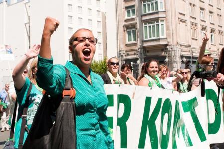 donderdag 27 juni voeren de bediendenvakbonde, waaronder LBC-NVK actie aan het Spanjeplein voor het eenheidsstatuut. De vakbonden zijn de stugge houding van de wergevers meer dan beu.